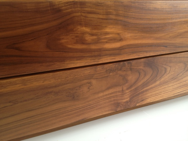 natural wood varnish